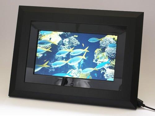 Kodak easyshare w820/w1020 wireless digital frames.