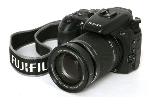 Fujifilm FinePix S100FS Review | Trusted Reviews