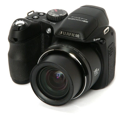fujifilm finepix s2000hd review trusted reviews rh trustedreviews com fujifilm finepix s2000hd manuale italiano fujifilm finepix s2000hd manuale italiano