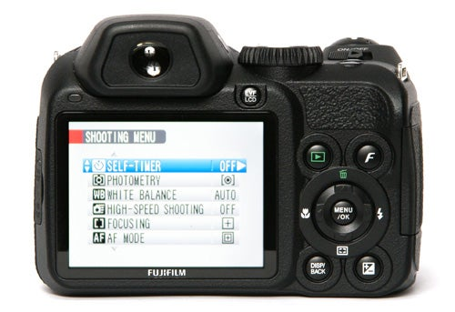 Fujifilm finepix s2000hd review trusted reviews for Fujifilm finepix s2000hd prix
