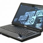 Dell Inspiron 1545 front angle
