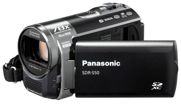 Panasonic SDR-S50 flip-out display