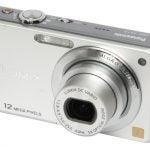 Panasonic Lumix DMC-FS10 front angle