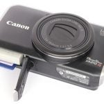 Canon PowerShot SX210 IS bottom