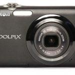 Nikon CoolPix S3000 front