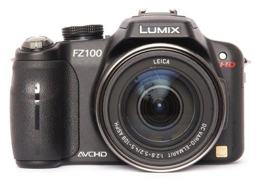 Panasonic Lumix DMC-FZ100 front