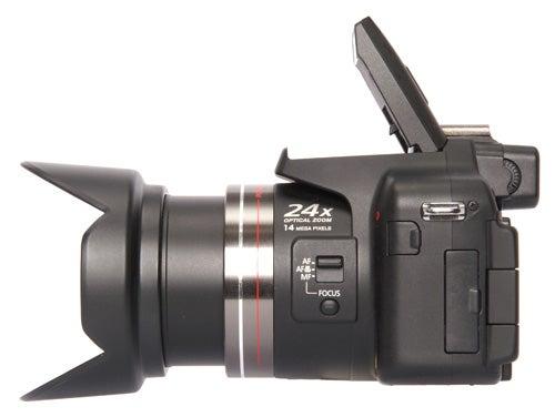 Panasonic Lumix DMC-FZ100 zoom