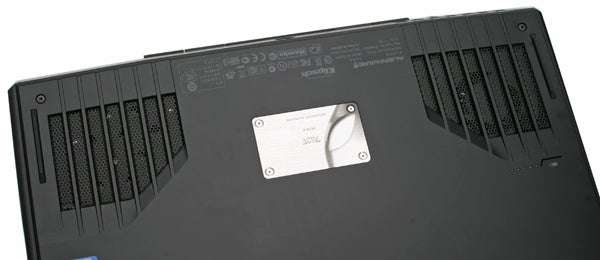 Alienware M14x Usability Screen And Speakers Review