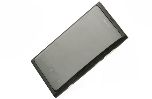 Nokia Lumia 800 3