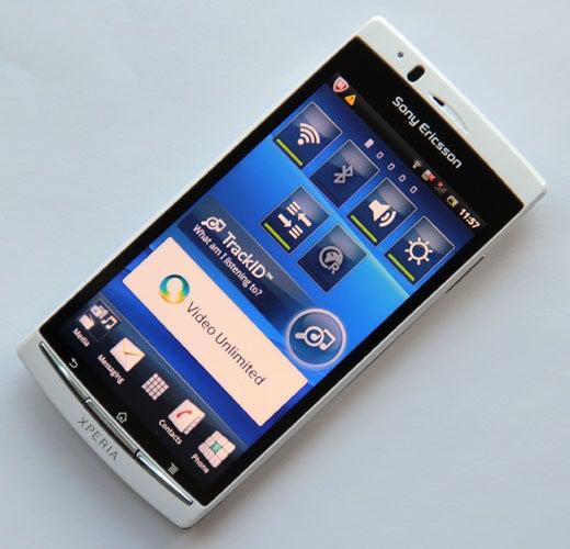 Sony Ericsson Xperia Arc S 4