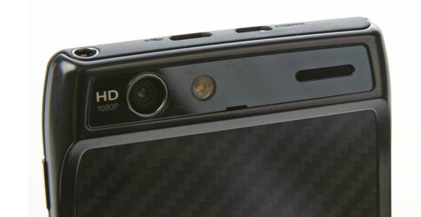 Motorola Droid RAZR XT910 9
