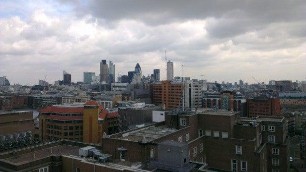 HTC One X Camera - Outdoor Skyline