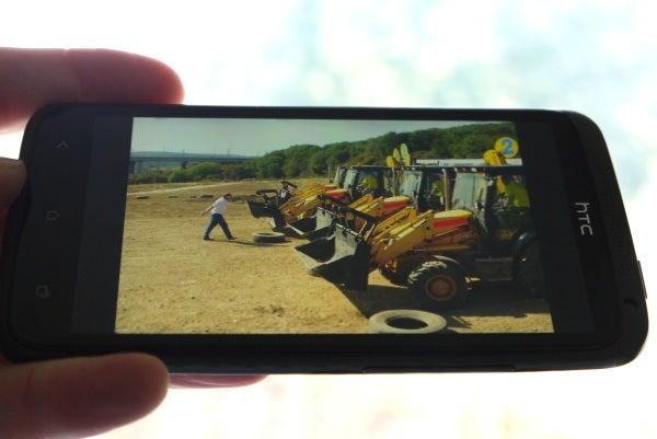 HTC One X - Screen Angle