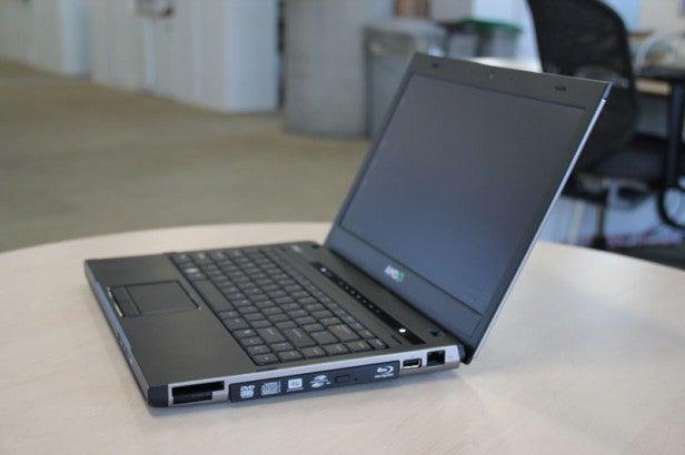 AMD Trinity Test Laptop 1