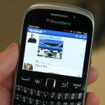 BlackBerry Curve 9320 Facebook