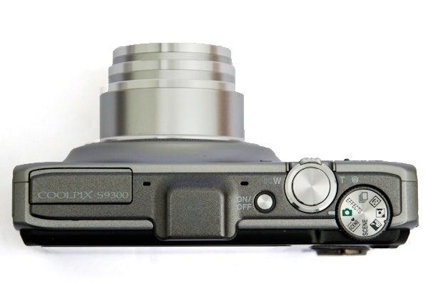 Nikon S9300 11