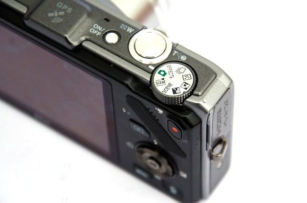 Nikon S9300 13