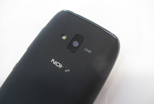 Nokia Lumia 610 5