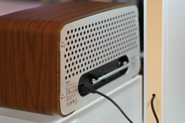 Phlips Original Radio and iPod dock 1