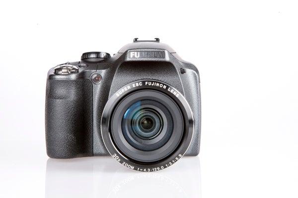 fujifilm finepix sl300 review trusted reviews rh trustedreviews com Fuji Camera AA Batteries for SL300 Fuji SL300 Filter Adapter
