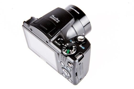 Canon PowerShot SX500 IS 9