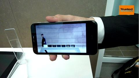 asus-padfone-2-hands-on