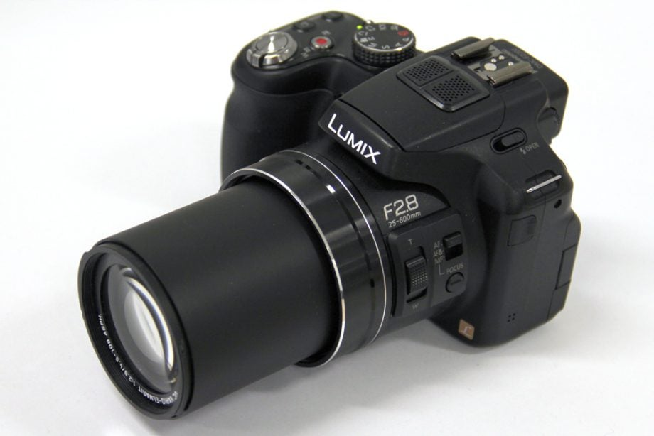 panasonic lumix dmc fz200 review trusted reviews. Black Bedroom Furniture Sets. Home Design Ideas