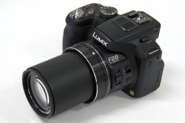 Lumix FZ200 11