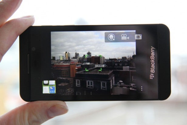 BlackBerry Z10 – Camera, Battery and Verdict Review