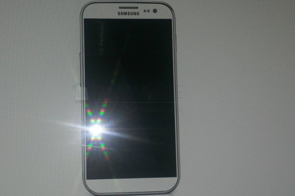 Samsung Galaxy S4 via sammobile.com