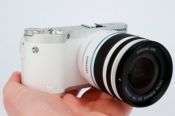 Samsung NX300 review 4