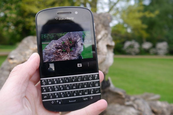 BlackBerry Q10 Review   Trusted Reviews
