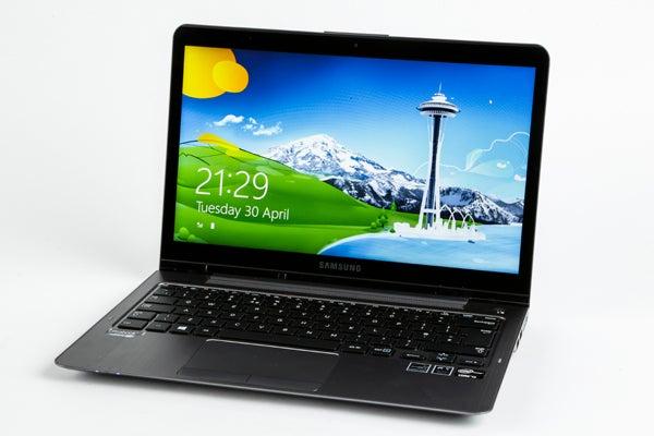 Samsung Series 5 NP540U3C 10