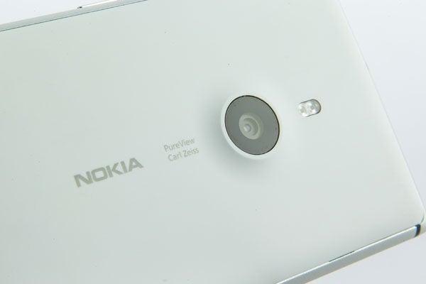 Nokia Lumia 925 14