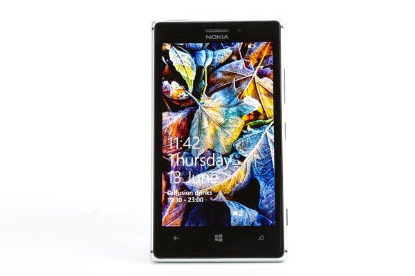 Nokia Lumia 925 23