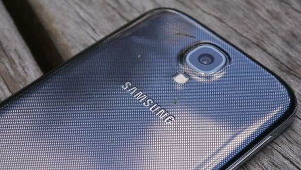 Samsung Galaxy S4 wireless charging kit unleashed | Trusted