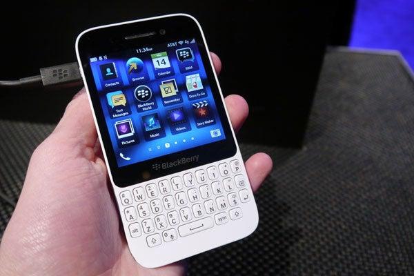 BlackBerry Q5 Hands-on