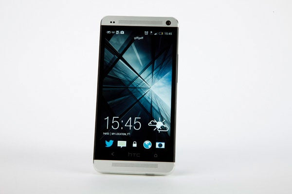 One Mini vs HTC One 9