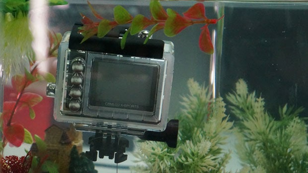 Toshiba-action-camera-1