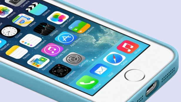 iPhone 5S vs Galaxy S4 | Trusted Reviews