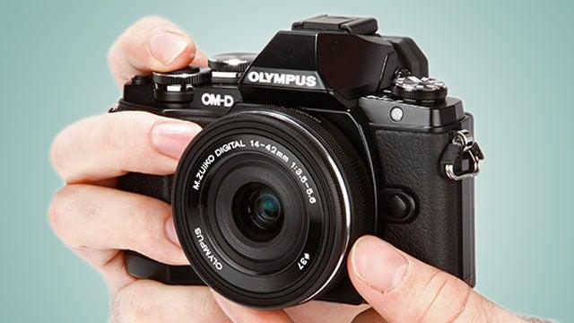 Olympus OM-D E-M10 7