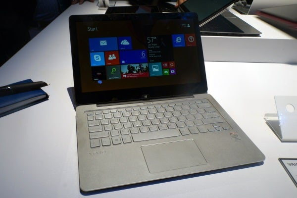 Sony Vaio Fit 11a 2