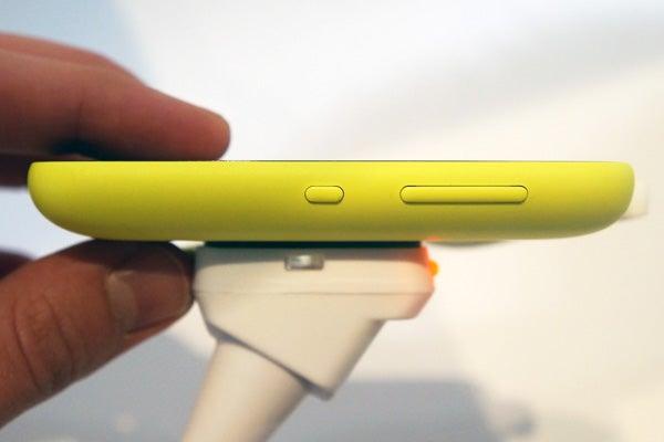 Nokia Asha 230 3