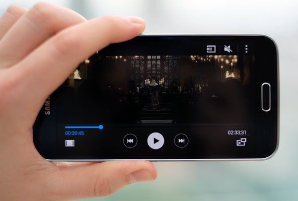 Samsung Galaxy S5 – Screen and Video Playback Review | Trusted Reviews
