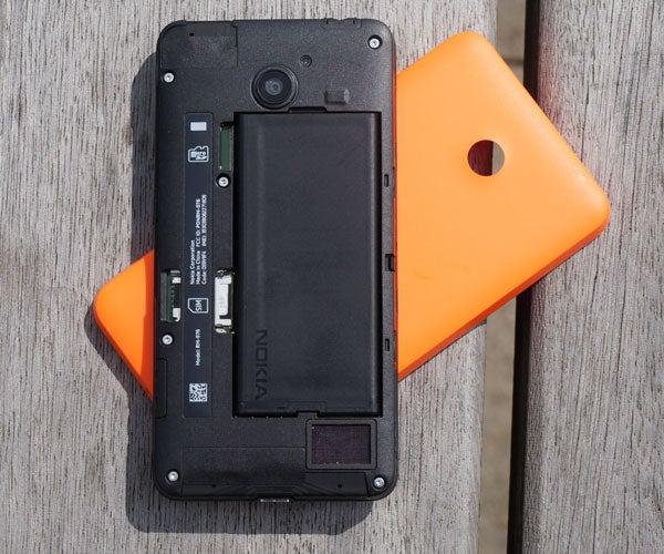 Nokia Lumia 630 3