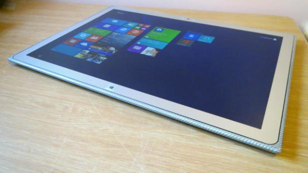 Panasonic Touchpad UT-MB5 7