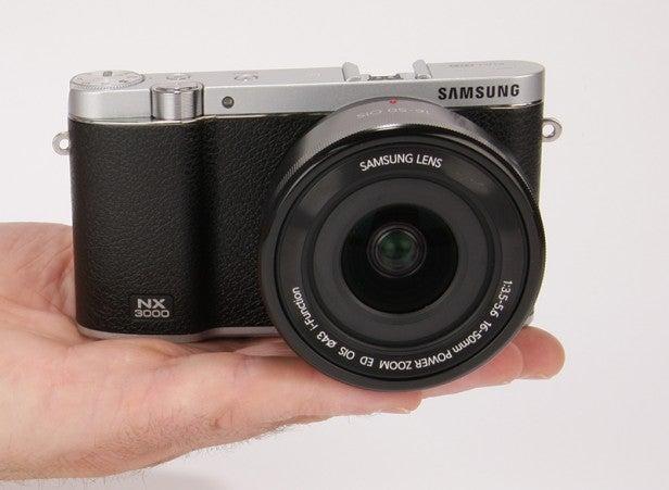 samsung nx300 manual focus