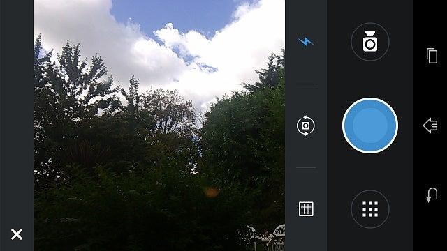 Camera Zoom FX. Camera Zoom FX est une autre des anciennes applications pour appareils photo qui a bien vieilli. C'est un bon mélange de simple et de sérieux.