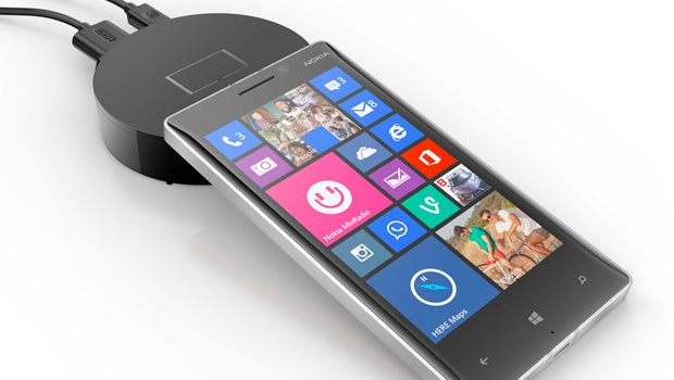 Microsoft's Chromecast rival is a hockey puck for Lumia phones