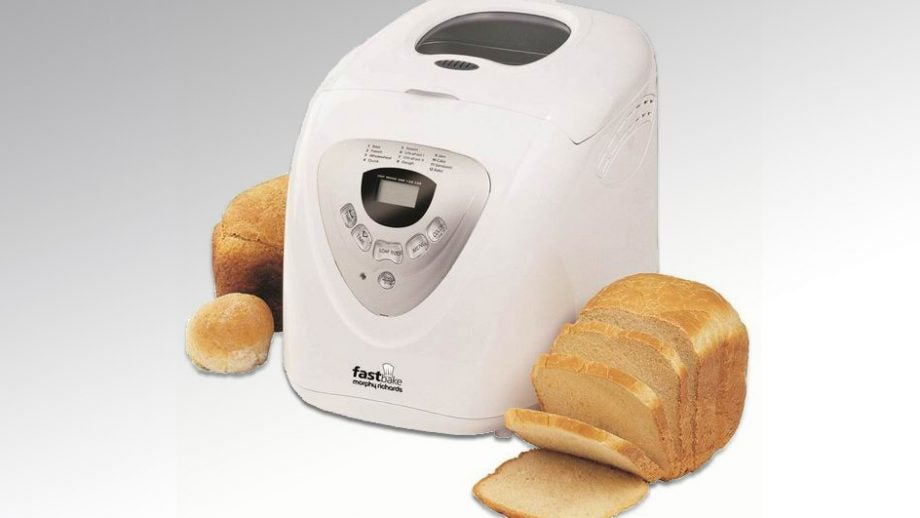 Morphy Richards Fastbake Cooltouch Breadmaker